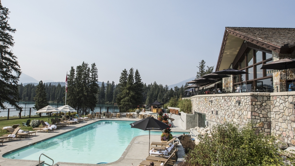 The Fairmont Jasper Park Lodge overlooks both pool and lake views.